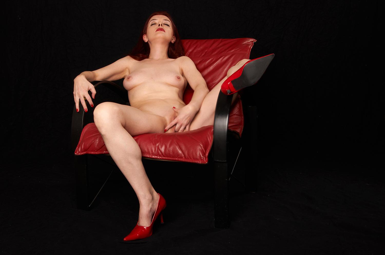 Lady in Red  V